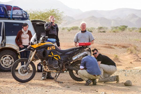 marokko-offroad-motorreis-crew-panne